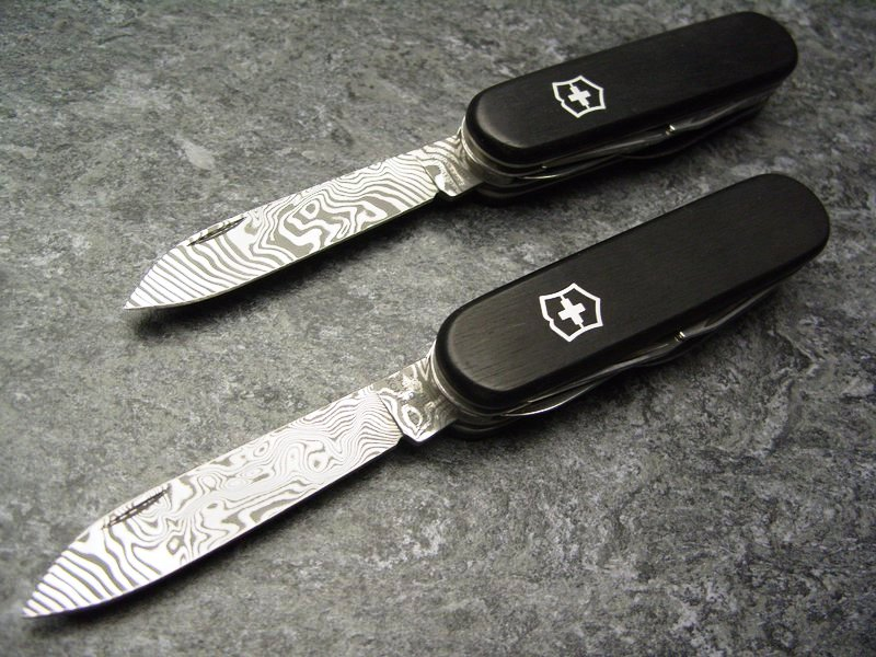 Victorinox Damascus Limited Edition 2011 Chris Custom Works